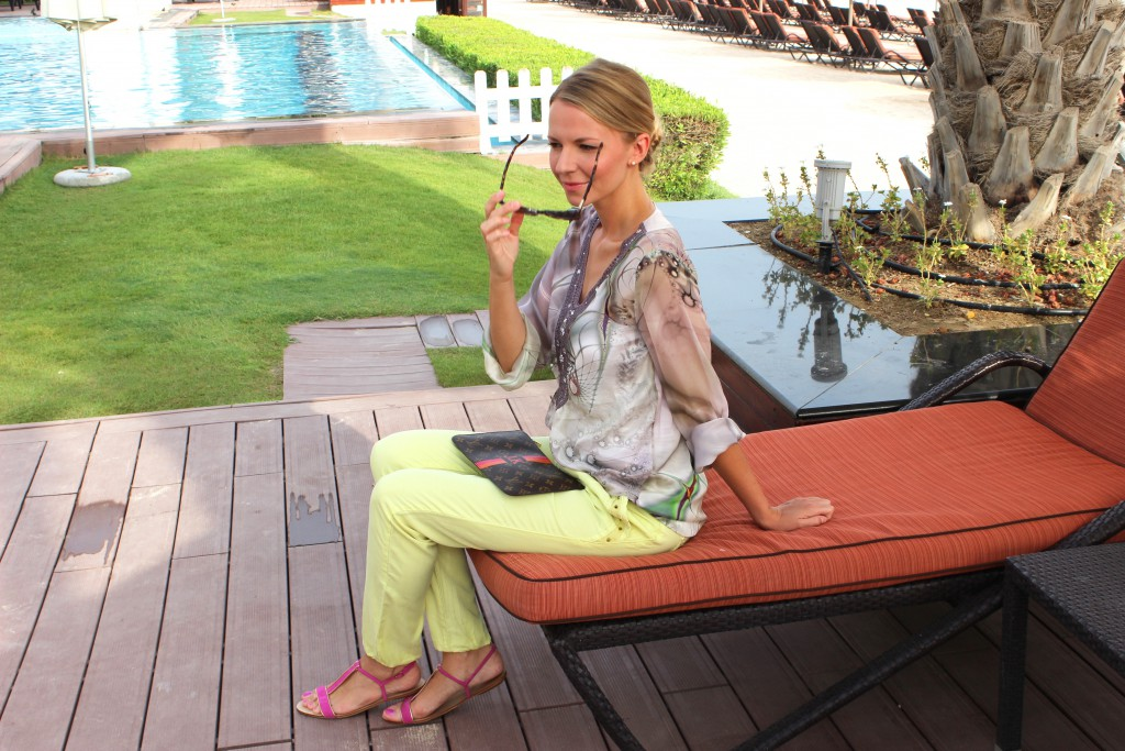 Leichtes Urlaubs-Outfit - Pepper and Gold in Dubai