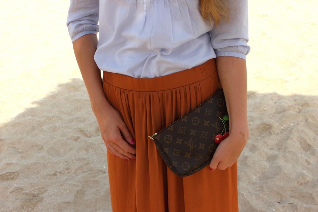Outfit Dubai Maxirock Rost Hellblau