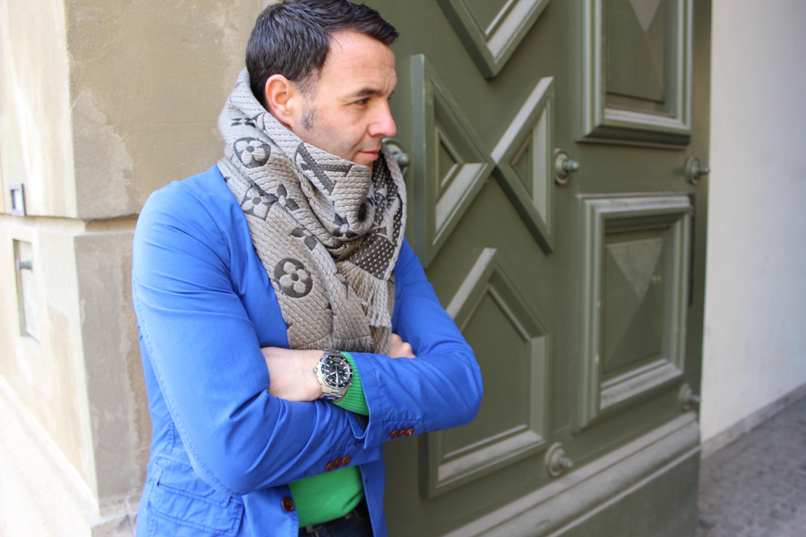 Grün und Blau durch den Herbst Pepper And Gold Fashion Outfit Herbst HugoBoss LouisVuitton Levis Balmain Féraud