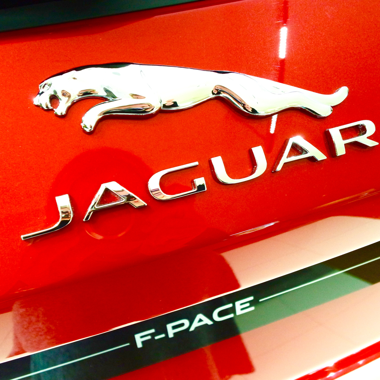 Premiere Jaguar F-PACE Pepper And Gold Cars München Munich Lifestyle LuxuryGoods