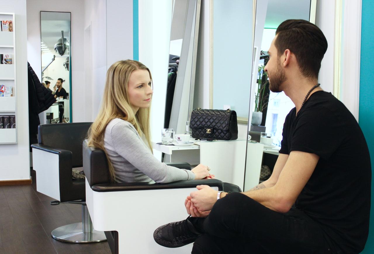 Zu Besuch bei Lippert's Friseure Jennifer PepperAndGold Friseur Haarstylist Lippert München PromiFriseur Olaplex L1 L2 Lenbachplatz Munich Lifestyle
