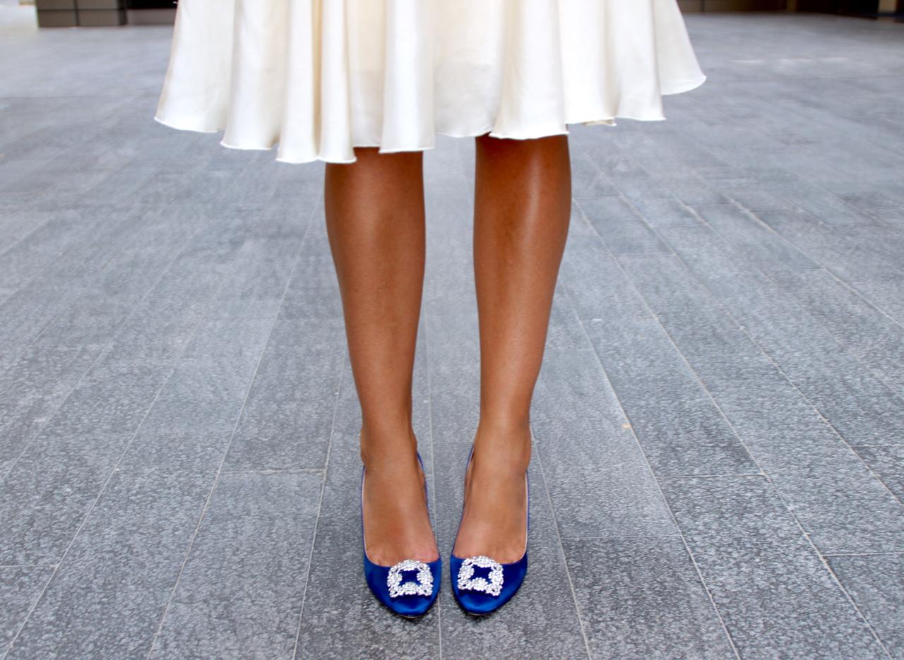 THAT CARRIE MOMENT Fashion Fashionhype Fashionhype.com Jennifer Kleid Lifestyle Manolo ManoloBlahnik Manolos Mode Outfit SATC SexandtheCity Traum Schuhe Shoes