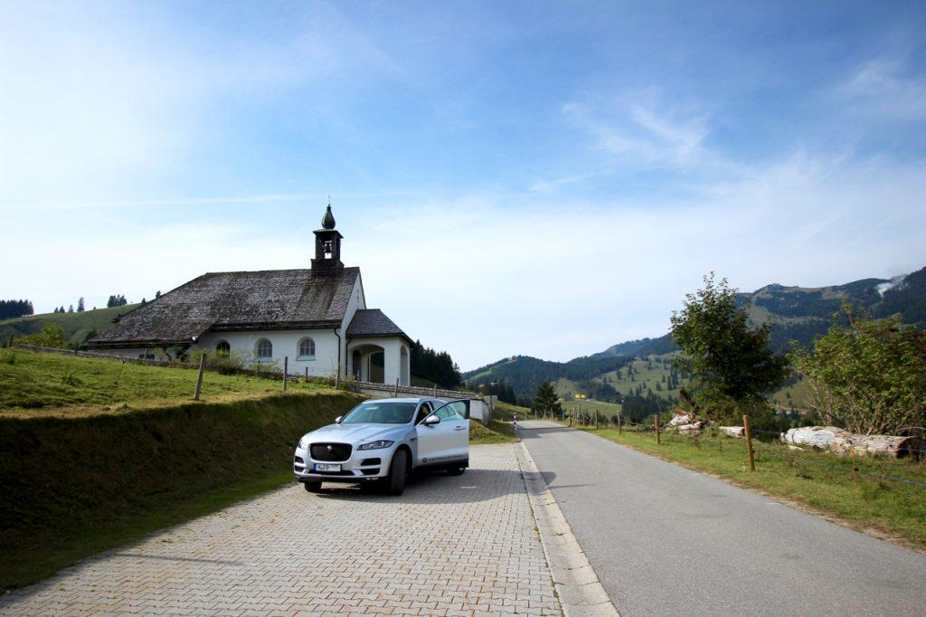 Urban Drive und Offroad mit dem Jaguar F-PACE SUV Offroader Avalon München Premiumcars JaguarLandRover ArtOfPerformanceTour Allrad