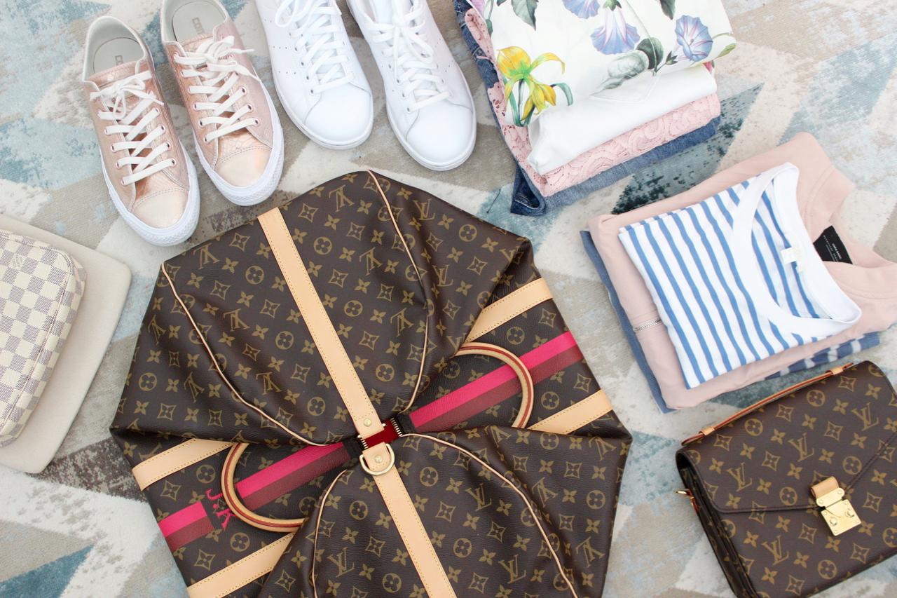 Louis Vuitton Keepall Guide Jennifer LV LVOE Monogram Damier MonMonogram Reisen Travel Reisetasche Weekender Urlaub Handgepäck PepperAndGold Traveler Reisegepäck