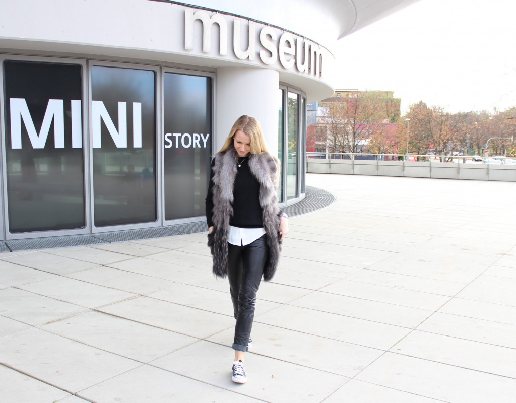 Shades of Black and Grey – Jenni goes Museum