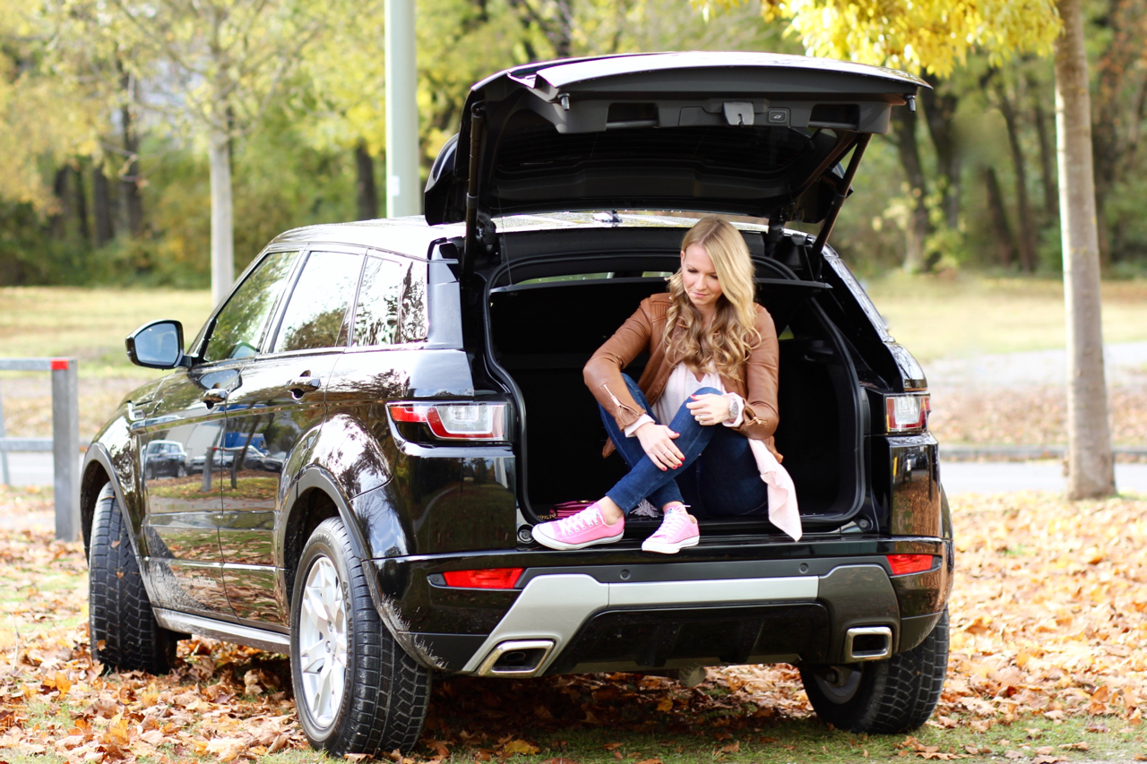 Ein Wochenende mit dem Range Rover Evoque Testdrive Avalon AvalonMünchen Jaguar JLR Fashion Outfit Chucks Testfahrt Probefahrt Cars LuxuryCars HighHeels Chucks Converse Gucci Zwillingsherz Zara Denim Levis Jeans AvalonPremiumCars