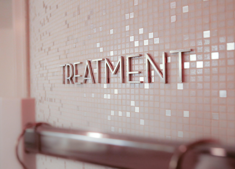 Ein Spa Tag voller Erholung im Charles Hotel München Munich RoccoForte Hotels Behandlung Treatment Massage DaySpa Wellness PepperAndGold