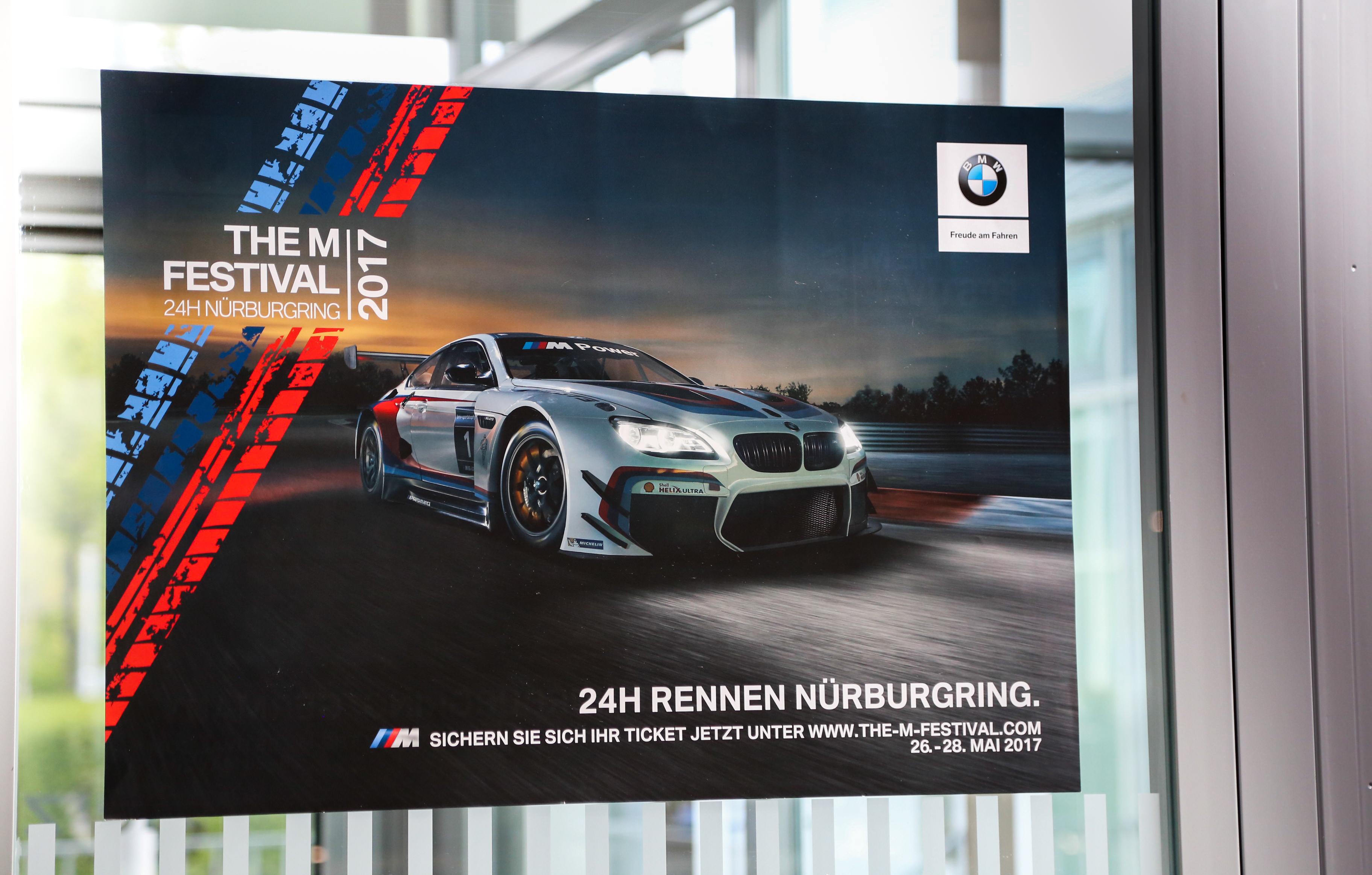 Motorsport hautnah in der Grünen Hölle - das ADAC Zurich 24h-Rennen Nürburgring BMW Cars Autos Car Auto Rennsport Langstreckenrennen BMWM6GT3 Versicherungen Insurance Jennifer PepperAndGold Wochenende Weekend Gewinnspiel