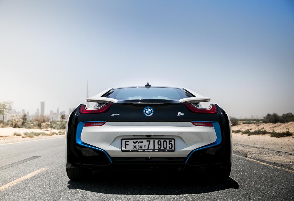Die besten Gründe auf ein Elektroauto umzusteigen Automobile BMW Cars Dubai Jennifer Lifestyle Testbericht UAE UnitedArabEmirates VAE BMW i8 BMWAG BMWi Car Elektromobilität eCars