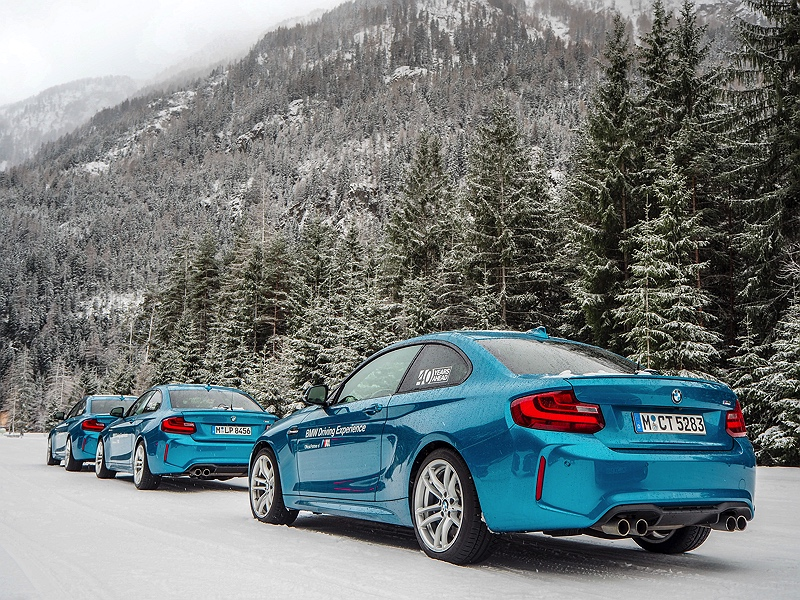 BMW M2 im Schnee BMW Driving Experience Ice and Snow