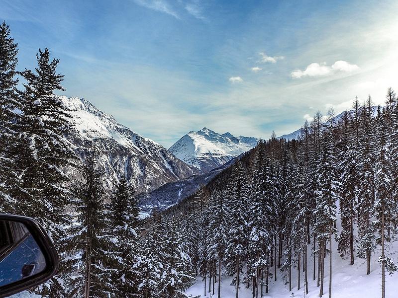 Winterlandschaft Tirol Österreich BMW Driving Experience Ice and Snow