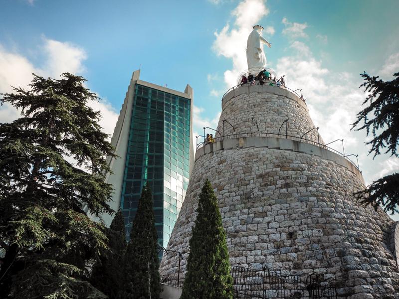 Der Libanon - viel mehr als nur Beirut Statue von Harissa