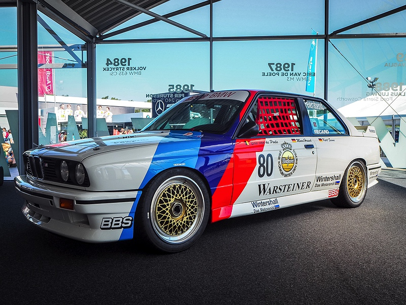 BMW M3 DTM E30 Hockenheimring Van Village