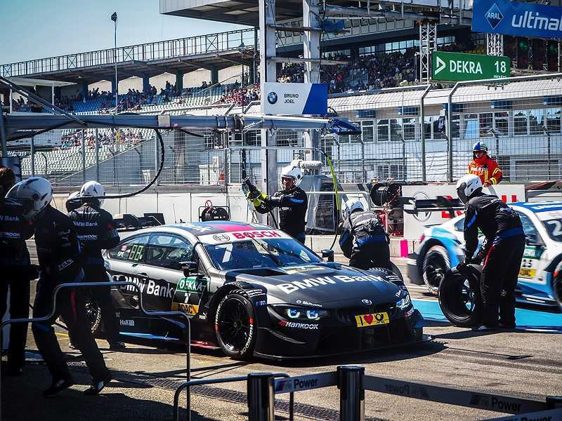 Hockenheimring DTM Boxenstopp Reifenwechsel BMW M4