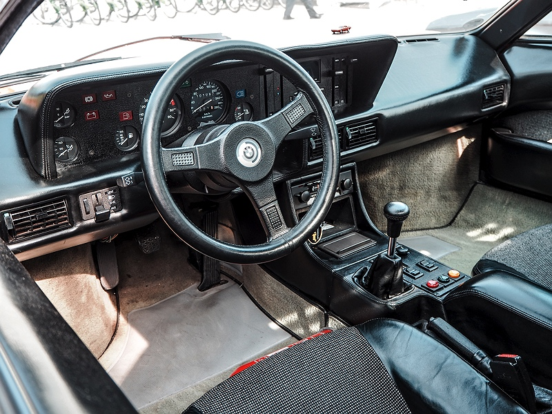 BMW M1 Cockpit