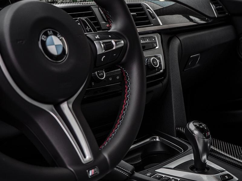 BMW M3 Sportlenkrad mit Schaltwippen