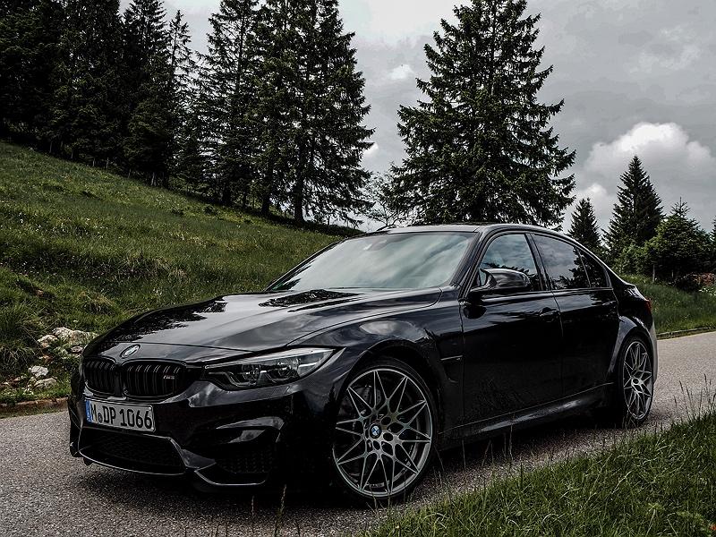 BMW M3 schwarz Competition Paket