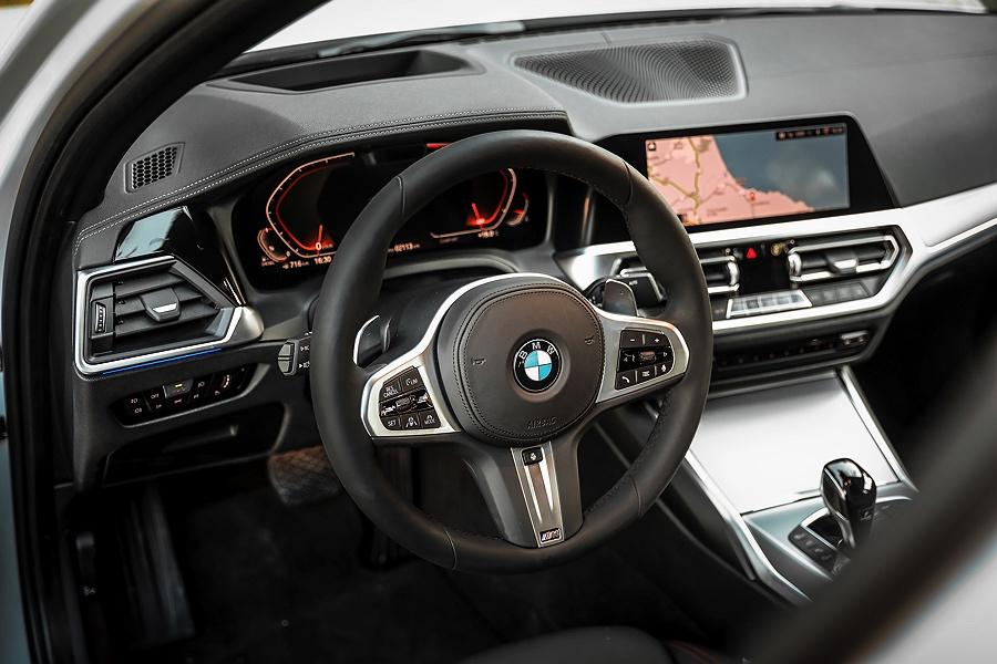 BMW-3er-Cockpit